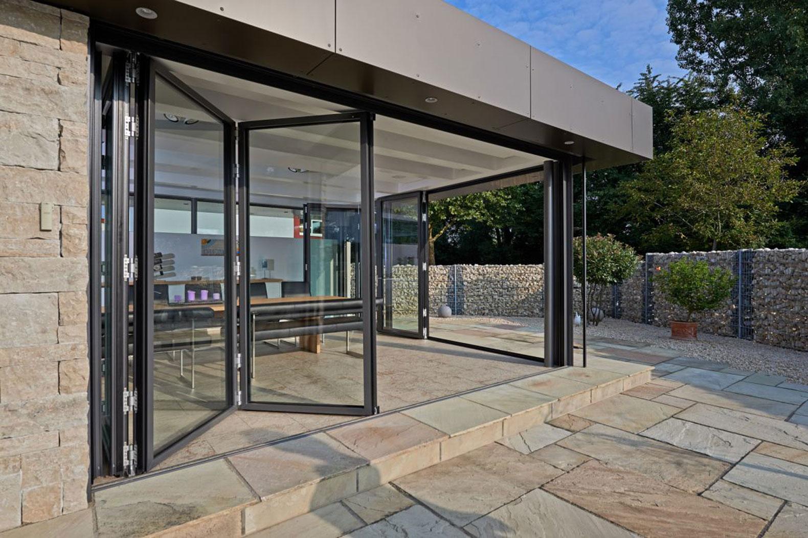 berdachungen terrassend cher vord cher oder glas faltw nde fenster dreher. Black Bedroom Furniture Sets. Home Design Ideas