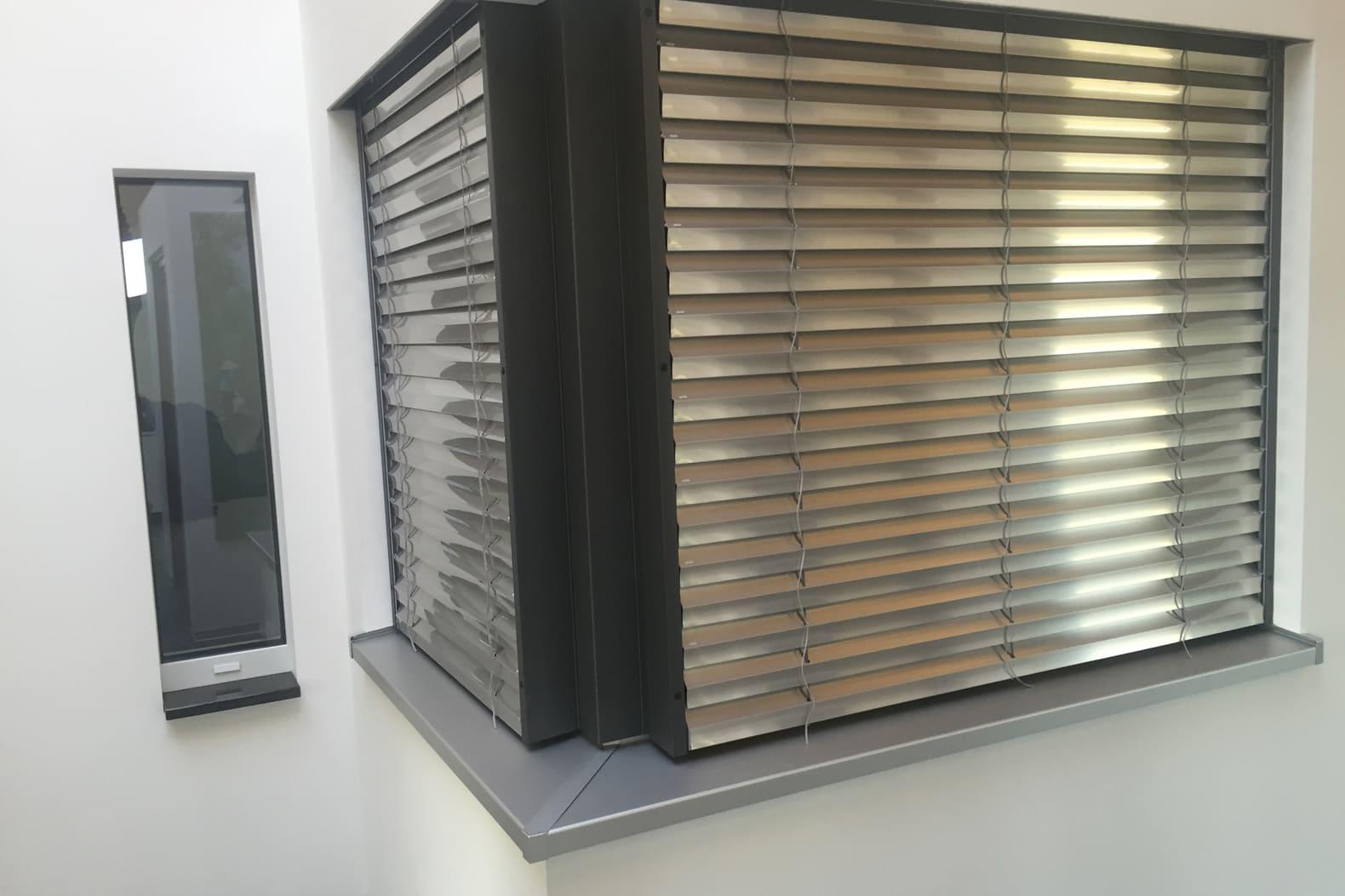 Jalousie Aluminium-Holzfenster Wendlingen Frank Dreher Referenz 1